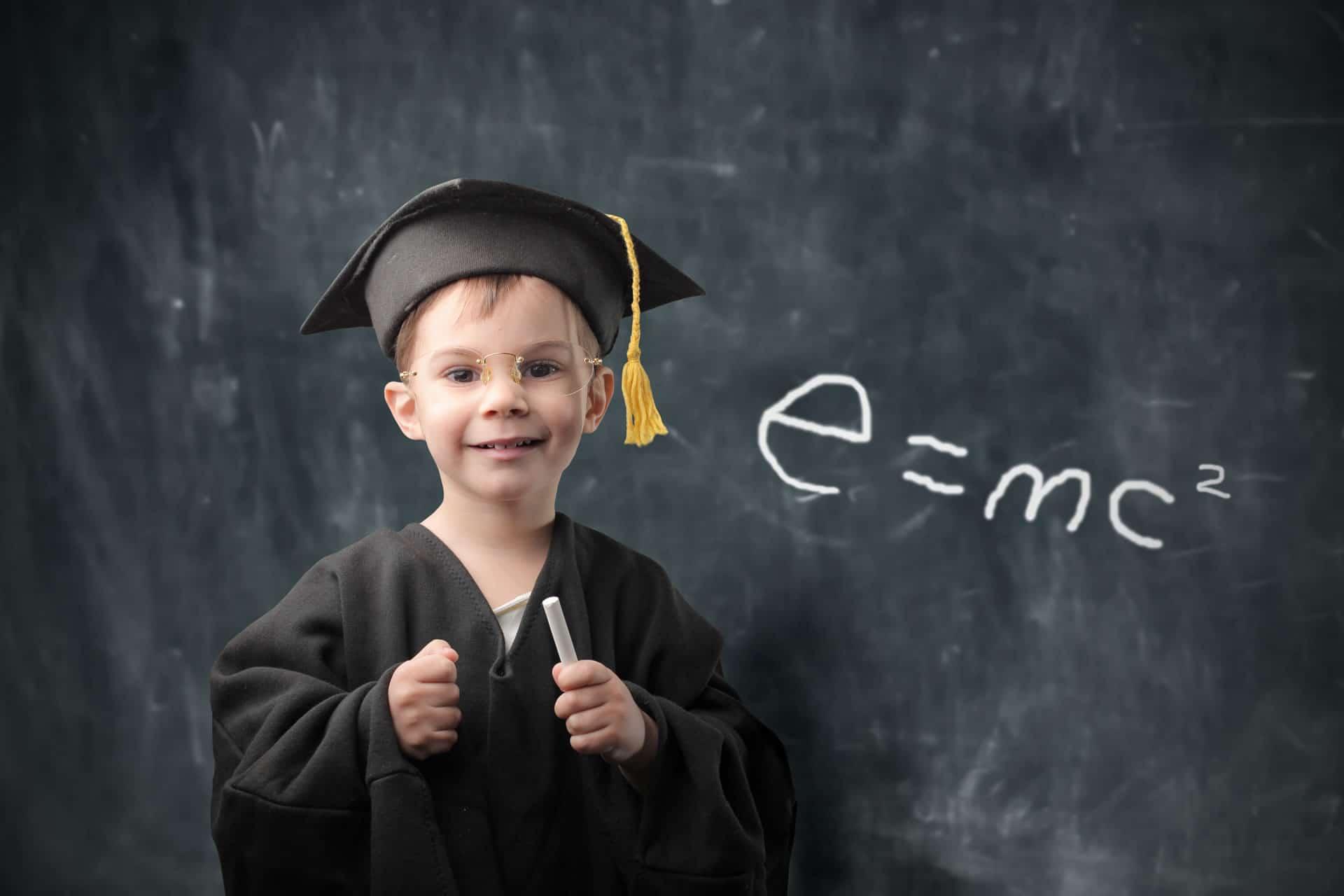bambino laureato genio